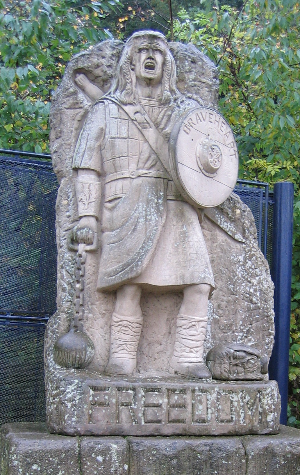 Statue of William Wallace with Mel Gibson's face