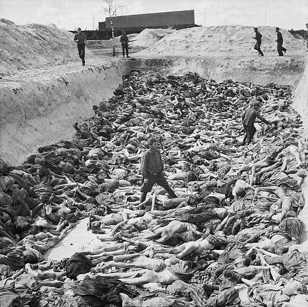 600px-Mass_Grave_at_Bergen-Belsen_concentration_camp_-_Fritz_Klein_-_IWM_BU4260 (1)