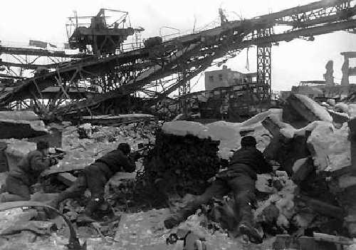 Stalingrad_-_ruined_city.jpg